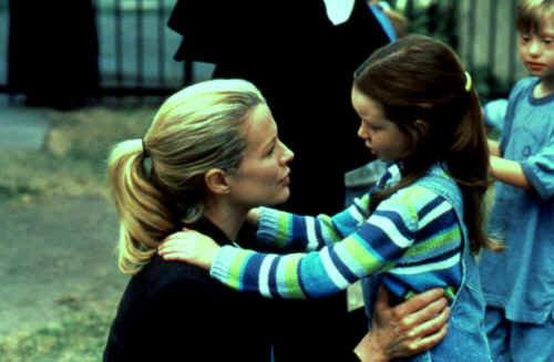 Die Prophezeiung: Kim Basinger als Maggie O'Connor