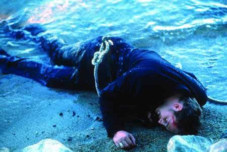 The Deep End (mit Jonathan Tucker als schwulem Sohn Beau)