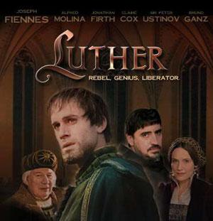 Luther mit Ralph Fiennes, Sir Peter Ustinov und Alfred Molina