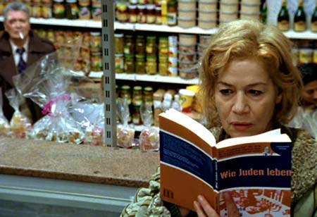 Bild aus dem Film Alles auf Zucker (mit Henry H�bchen und Hannelore Elsner)