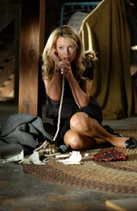 Final Call mit Chris Evans, Kim Basinger, Jason Statham und William H. Macy