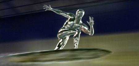 Der Silver Surfer bereitet der US-Army Kopfzerbrechen.
