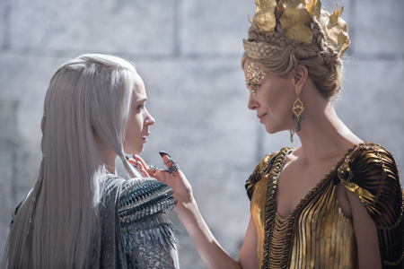 The Huntsman & The Ice Queen (mit Emily Blunt)